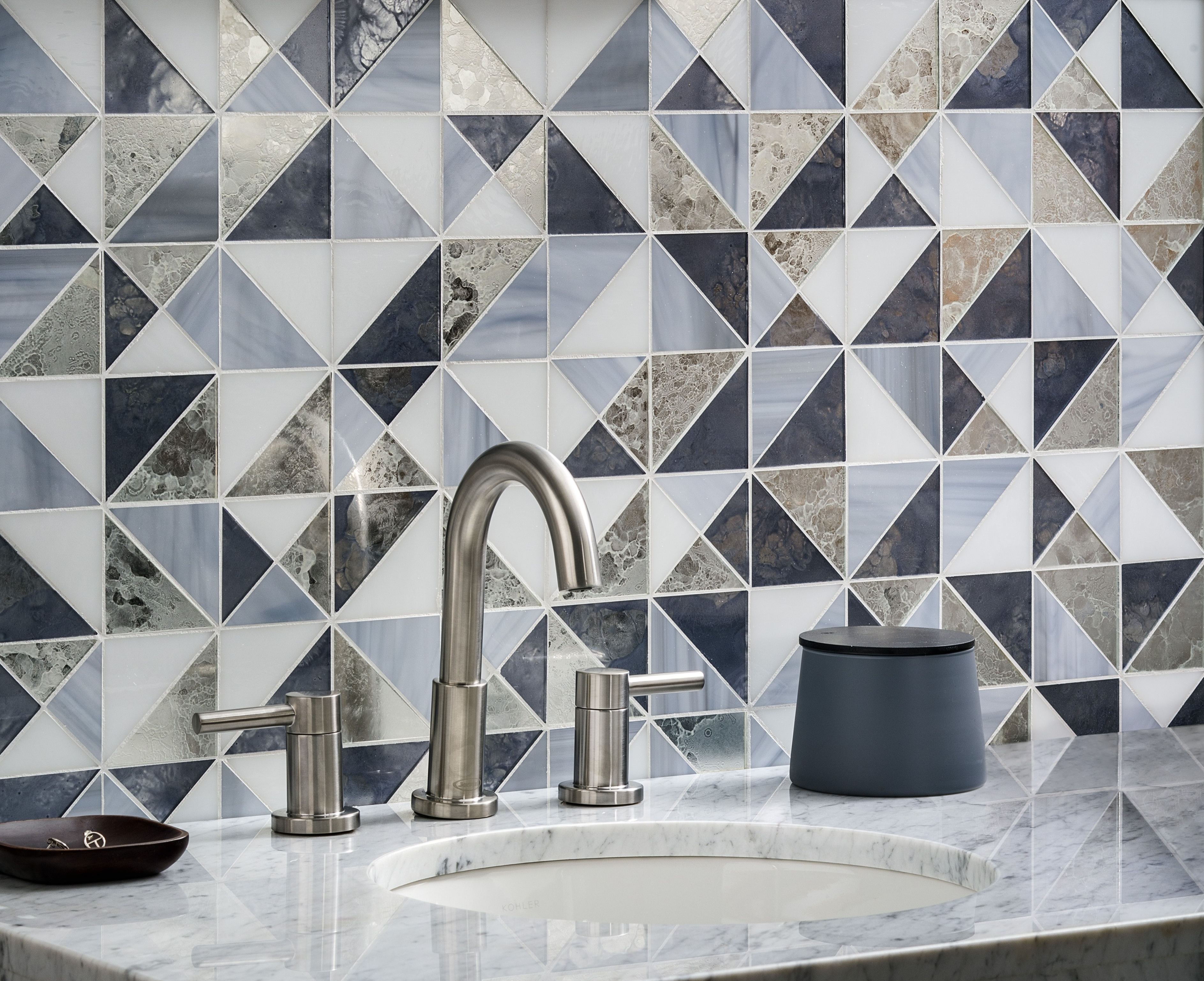 Bathroom-backsplash-tile-antique-mirror-blue-glass-modern-design-idea-680796-edited.jpg