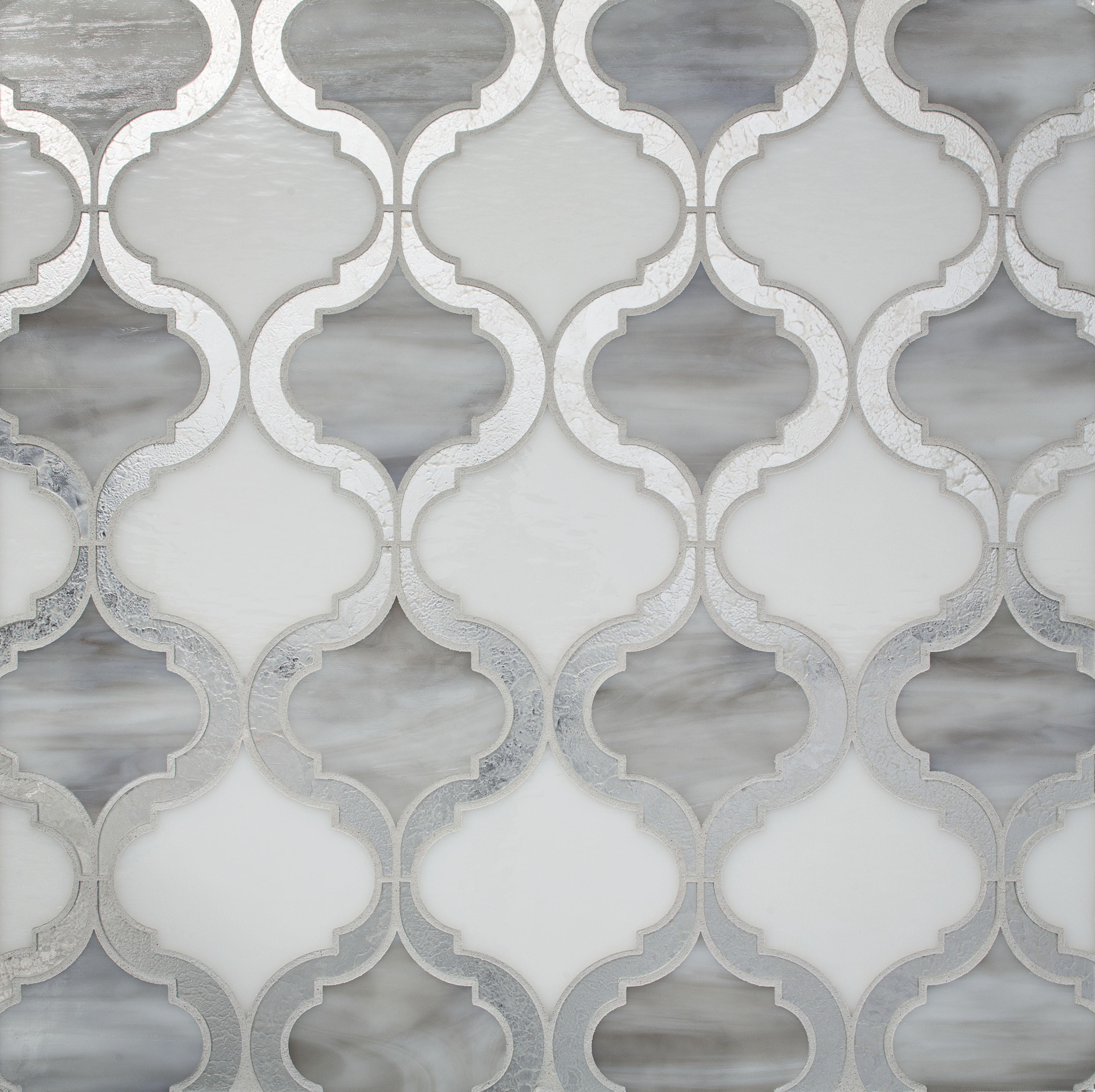 arabesque-glass-tile-pattern